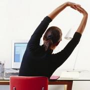 Как сохранить осанку работая за компьютером