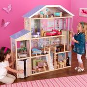 Какую игрушку выбрать в подарок дочке